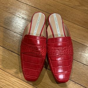 Zara Gently Used Red Mules🔥🔥😊Red Croc design!🎈